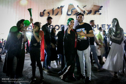 درخواست تداوم حضور خانواده ها در استادیوم آزادی