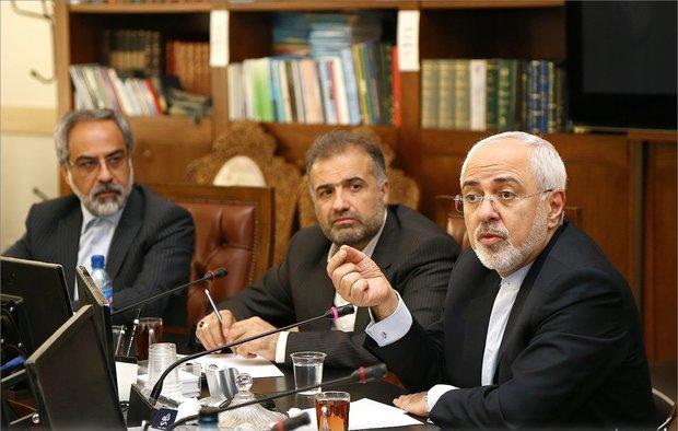 ظريف: روسيا تسعى لحفظ الاتفاق النووي في حوار مع اوروبا