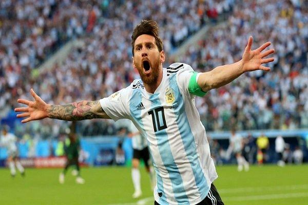 Messi 32 yaşına geldi