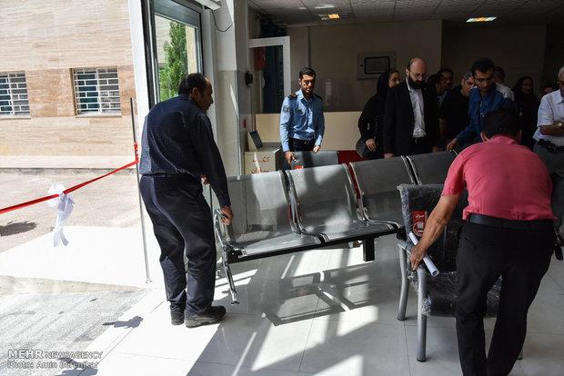 افتتاح بیمارستان 32 تخت خوابی شهرستان کوار با حضور وزیر بهداشت