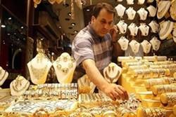 بازارطلا بیمشتری است/روی آوردن مردم به سمت سکه و طلای آب شده