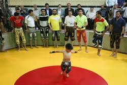 رقابت های ورزش زورخانهای و کشتی پهلوانی کشور در اراک آغاز شد