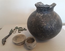 Historical relics seized in Sarab