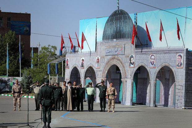كلمة قائد الثورة الاسلامية  في حفل تخريج الطلاب في جامعة الإمام الحسين (ع)