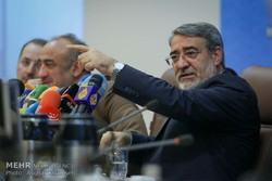 وزير الداخلية الإيراني: الأميركان غير مؤهلين حتى يحددوا بأنفسهم مصير العالم