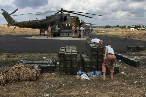 Rusya, Hmeymim üssü yakınlarında uçan İHA'ları vurdu