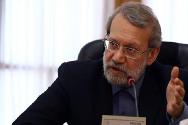 Larijani urges regional states to solve problems with consultation