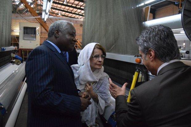 ساحلعاج آماده همکاری در حوزه راه و ساختمان با استان سمنان است