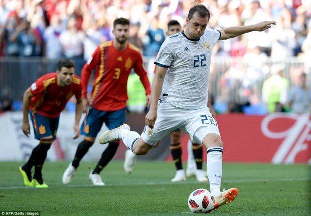 دیدار تیم های ملی فوتبال اسپانیا و روسیه