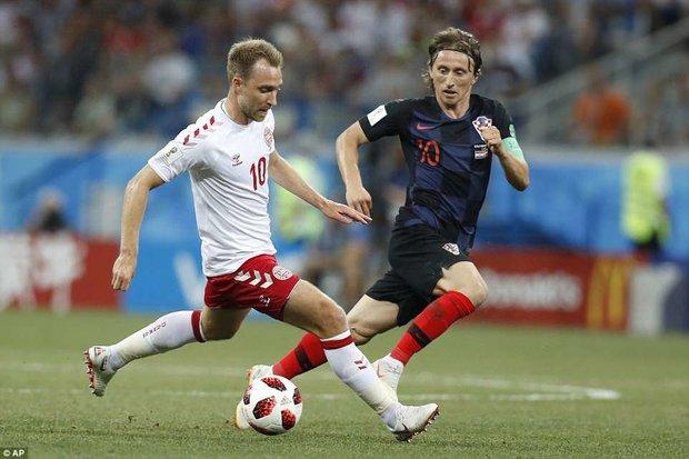 دیدار تیم های ملی فوتبال کراوسی و دانمارک
