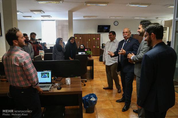 Venezuelan envoy tours Mehr News HQ