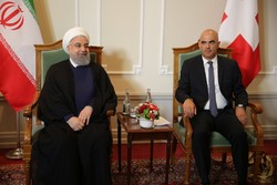 Iranian, Swiss presidents call for cementing ties