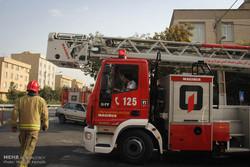 انجام عملیات نجات ۲۵ نفر از سرنشینان حادثه واژگونی مینی بوس در ری