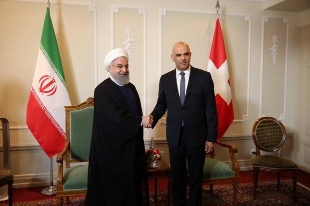 Ruhani İsviçre Cumhurbaşkanı ile Bern'de görüştü
