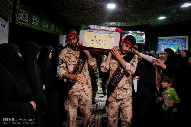 وداع جثمان الشهيد المدافع عن الحرم محمد ابراهيم رشيد