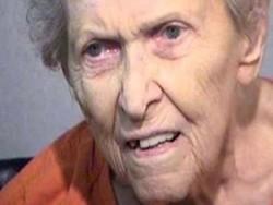 بوڑھی ماں  امریکہ