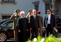 Pres. Rouhani meets with Austrian top officials in Vienna