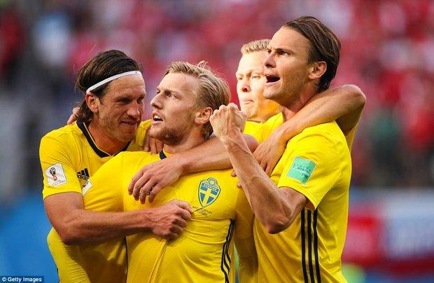 دیدار تیم های ملی فوتبال سوئد و سوئیس