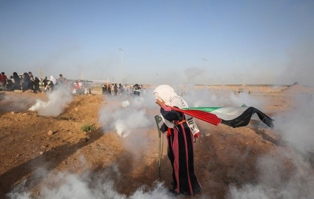 Filistinli kadınlardan Gazze'de büyük gösteri