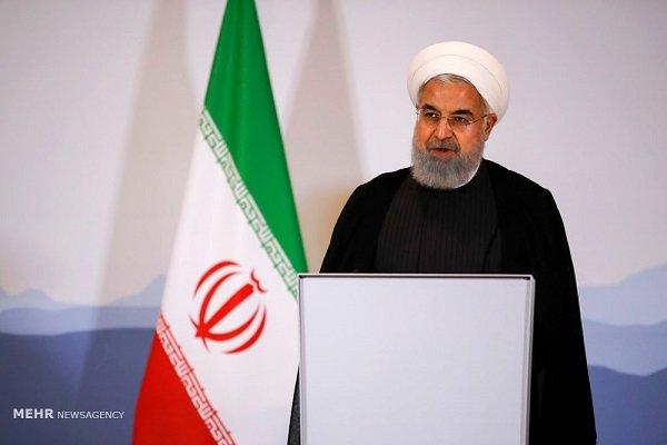 """روحاني سيخاطب الشعب مساء غد.... ومساعده """"الخطاب سيتضمن الجديد"""""""