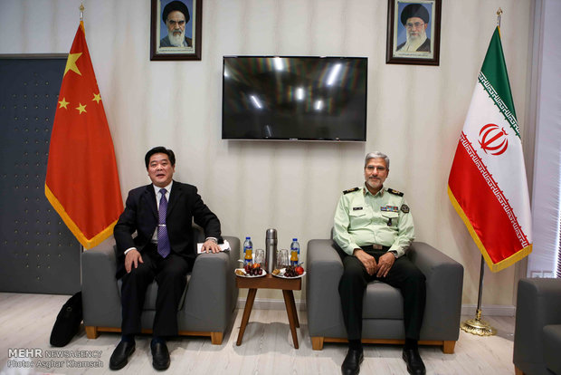 Meeting of Iranian, Chinese police universities presidents
