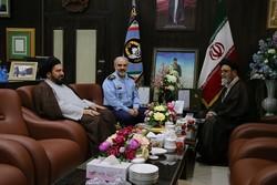 امام جمعه تبریز با فرمانده نیروی هوایی ارتش دیدار کرد