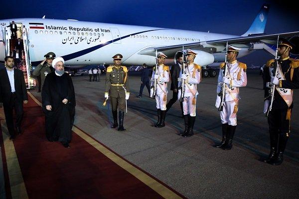 روحاني يعود إلى طهران بعد جولة في أوروبا