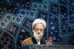 Cleric lauds General Soleimani's letter to Rouhani