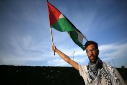 «بنیامین لادرا» و یک سال پیاده روی برای نشان دادن مظلومیت فلسطین