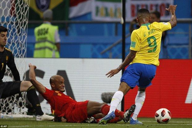 دیدار تیم های ملی فوتبال بلژیک و برزیل