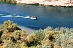 برخورد با ۱۷ تور غیرمجاز گردشگری و مذهبی در دزفول