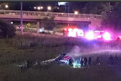 یک بالگرد در شیکاگو آمریکا سقوط کرد/۴ نفر زخمی شدند