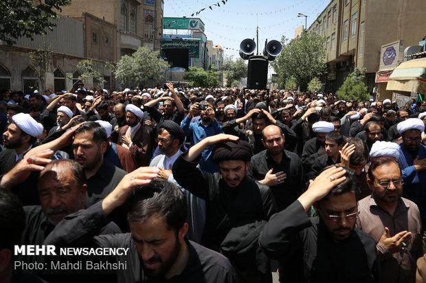 مراسم العزاء بذكرى شهادة الامام جعفر الصادق (ع) في مدينة قم المقدسة