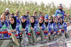 Iran women's dragon boat