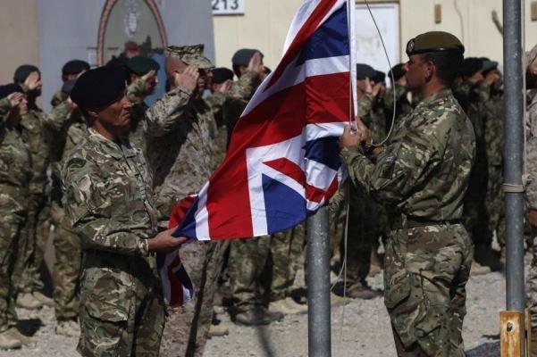DEAŞ'tan füze saldırısı: İki İngiliz asker yaralandı