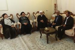 رئیس سازمان تبلیغات اسلامی با خانواده شهید مدافع حرم دیدار کرد