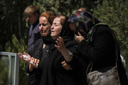 تشييع ضحايا الحادث المروري في سنندج غرب ايران /صور