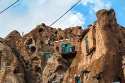 قرية كندوفان الصخرية في شمال غربي ايران / صور