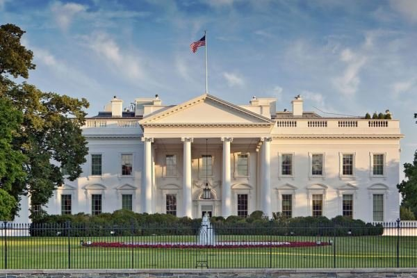 Beyaz Saray, Demokratlar'ın azil soruşturmasında yer almayacak
