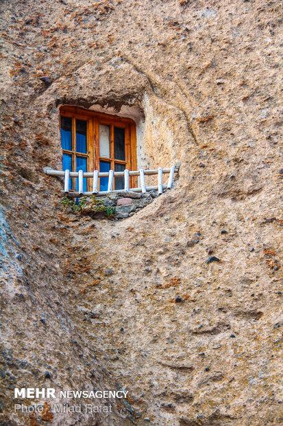 Kandovan, a terrific rocky village