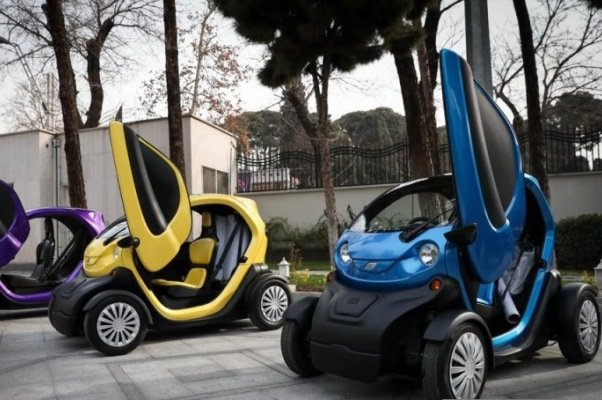لزوم گسترش استفاده از خودروی برقی/ضرورت مشارکت با صاحبان فناوری
