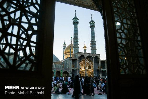 Hazrat Masoumeh Shrine on eve of Girls Day