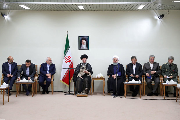 Leader receives Iran's President, cabinet