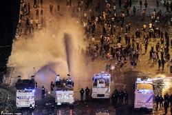 فرانس میں فٹبال کا جشن پر تشدد مظاہروں میں تبدیل ہوگیا