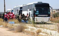 1st batch of terrorists evacuated from Daraa al-Balad to N Syria