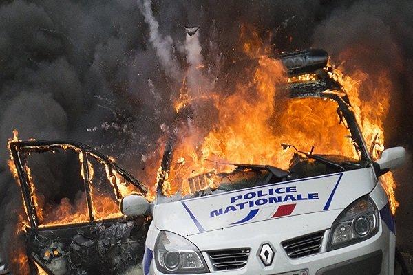 احراق 845 سيارة على هامش الاحتفالات في فرنسا