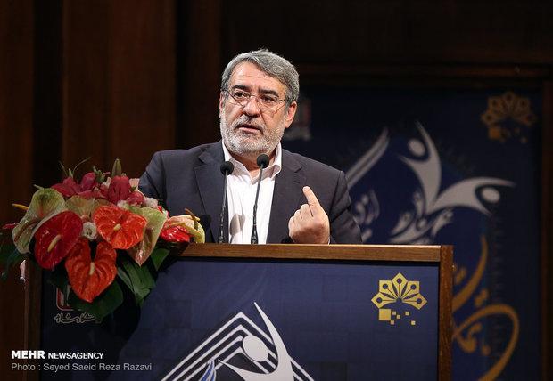 الداخلية الإيرانية تعلن تخصيص ميزانية لإعادة إعمار المناطق المنكوبة بالزلزال