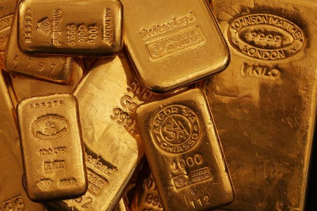 قیمت طلا به بالاترین سطح یک هفته اخیر رسید/سهام آسیا سقوط کرد