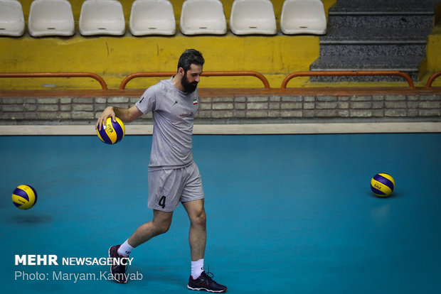 National Iranian volleyball team training session