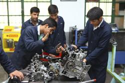 ۷۰ درصد فارغ التحصیلان فنی و حرفه ای جذب بازار کار می شوند